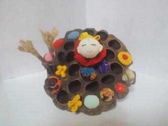 ハスの実飾り その一 お地蔵さん 秋の画像