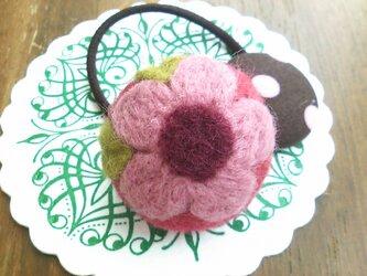 まあるいお花のヘアゴム(ピンク)の画像