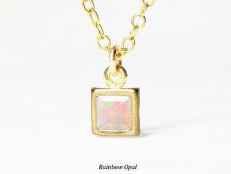 【10月誕生石】輝く虹色。オパールのネックレス [送料無料]の画像
