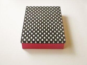 A4紙箱『シルバーツリー』の画像