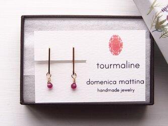 トルマリン(10月誕生石) ×シンプルラインイヤリングの画像