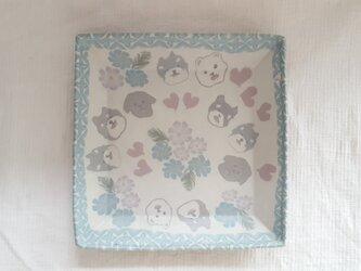 練上 ワンちゃん角平皿 マット釉の画像