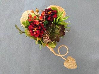 sisal heart wreathの画像