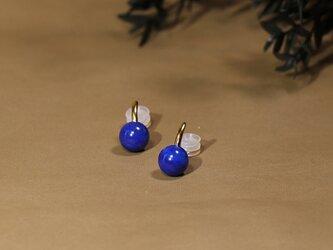 ラピスラズリのイヤリングの画像