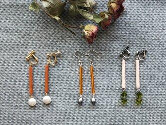 ロング竹ビーズのイヤリングの画像