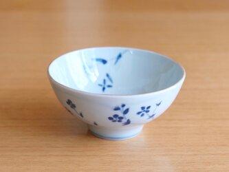 ご飯茶わん 草花紋 中サイズの画像