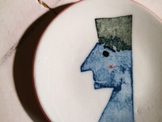 豆皿(10-332)人間の画像