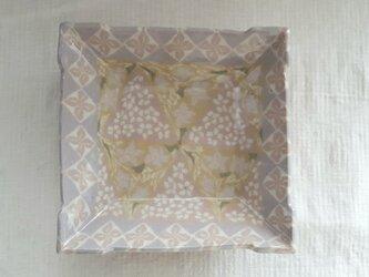 花小紋 小皿 ピンク 透明釉薬の画像