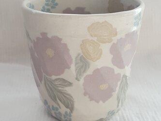 練上 牡丹薔薇  カップ 透明釉の画像