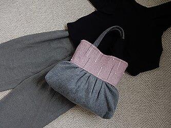裂き織りとフェルトのトートバッグの画像