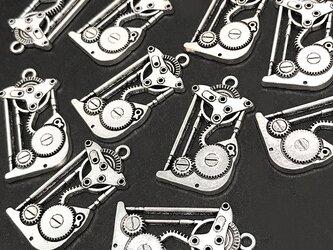 歯車機械チャーム 銀古美 6個【スチームパンク歯車 時計パーツ ハンドメイド素材】の画像