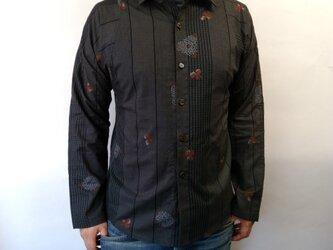 長袖和柄シャツ(大島紬調絣模様)の画像