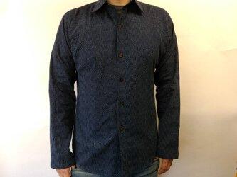 長袖和柄刺子シャツ(水玉模様)の画像