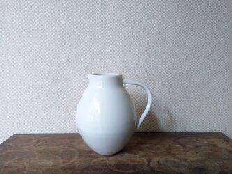 白磁 ピッチャーの画像