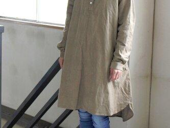 【秋SALE】太畝大人コーデュロイプルシャツ*ベージュの画像