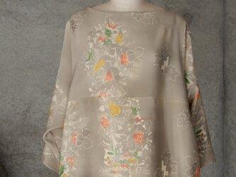 着物リメイク チュニックブラウス/フリーサイズ/ベージュグレーの画像
