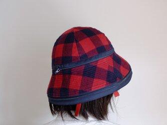秋の新作・帽子 チェック / ベル型ジップハット / コットン 片面ネル / ブロックチェック 【赤紺】<受注制作>の画像