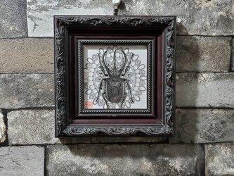 原画 一点もの ボールペンアート 額装付き 百貨店作家 人気 ボールペン画 絵画 コーカサスオオカブト カブトムシの絵の画像