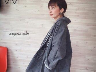 a.myu 新作✨ドルマン袖のパッチワーク ジャケットコートの画像
