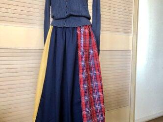 送料込・三色タックギャザースカート・ウエストゴム・ミモレ丈(ヒップ約120㎝まで対応)の画像
