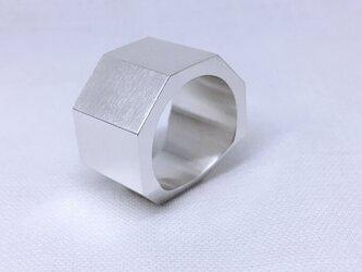 ごついオクタゴン(八角形)のシルバーリング、オールマットの画像