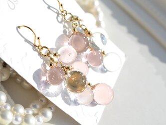 Champagne pink gold ballアシンメトリーピアス&イヤリングの画像