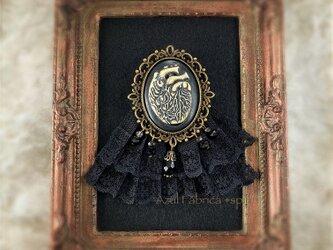 ブローチ:Noir (heart)の画像