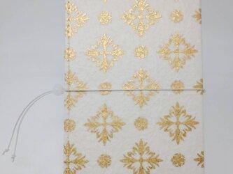 ギルディング和紙ケース(ストラップ付) 西洋花 白地 金箔の画像