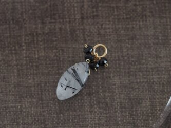 14kgf:ブラックスピネルとブラックトルマリンクォーツのペンダントトップ(№9075B)の画像
