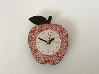 赤いりんごの掛け時計 (陶器)の画像