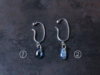 カイヤナイトのイヤーカフ(片耳)小と大の画像