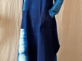 本藍染ゆったりワンピース(COTTON100%)の画像