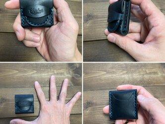ピックケース・黒(糸・ターコイズブルー)の画像