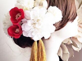 小さな赤い椿と真っ白ダリアの髪飾り8点Set No765の画像