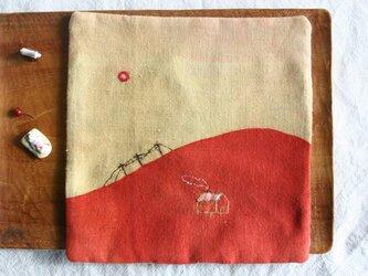 染色と刺しゅう ポットマット 「go home」の画像