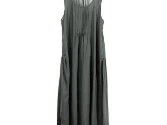 裾ボーダーレースのシュミーズドレス(チャコールグレー)の画像