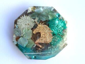 伝説のオリハルコン入り ユニコーン ケオン エンジェル 優しい未来 メモリーオイル入り コースター型 オルゴナイトの画像