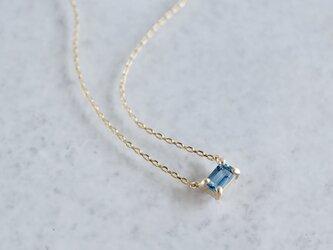 Aquamarine octagon necklace [P086K10YG(AQ)]の画像