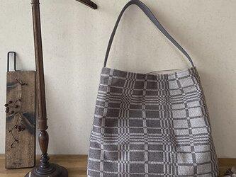 bag[手織りワンショルダーバッグ]ベージュの画像