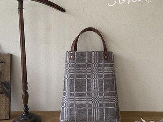 bag[手織りAライン手提げバッグ]ベージュグレーの画像