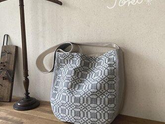 bag[手織り斜め掛けワンショルダーバッグ]エメグレーの画像