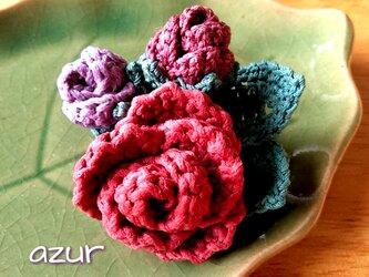 小さな薔薇のコサージュ アンティークピンク+紫系の画像