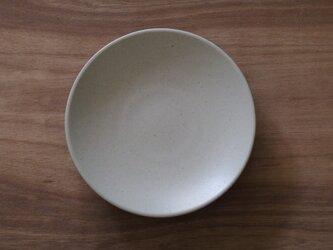 シンプルな丸皿 白 7寸22cmの画像