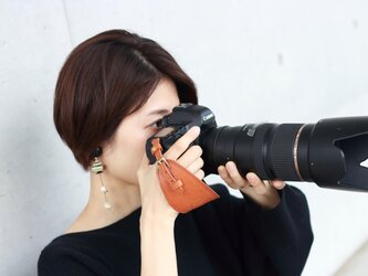 ホールド感アップ! レザーカメラストラップ 一眼レフ ミラーレス 本革 カメラホルダー 全10色 apo-20hnの画像