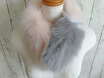 ¶ new antique fur ¶ ピンク/ホワイト/グレーフォックスショールマフラーの画像