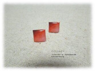 赤の小さなピアス-Ⅱの画像
