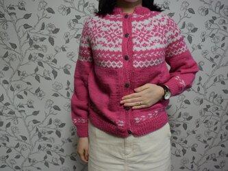SALE ローズピンクとグレージュのカーディガンの画像