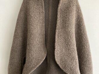 ウールのボレロ・モカ茶色の画像