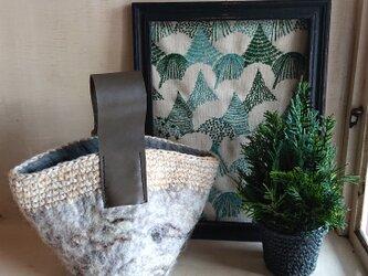 羊毛フェルトのワンハンドルバッグの画像
