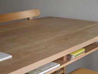 サクラ(チェリー) 棚付きダイニングテーブルW180 ウレタン塗装の画像